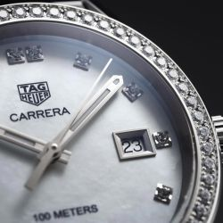 Montre TAG Heuer Carrera Lady quartz cadran nacre blanche index diamants lunette sertie 36 mm - SITE2