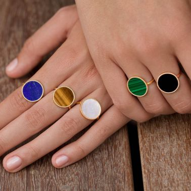 Lepage Colette Lune Perlée ring yellow gold and white mother of pearl